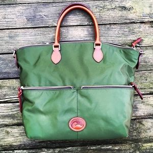 Gorgeous new Dooney & Bourke large green satchel